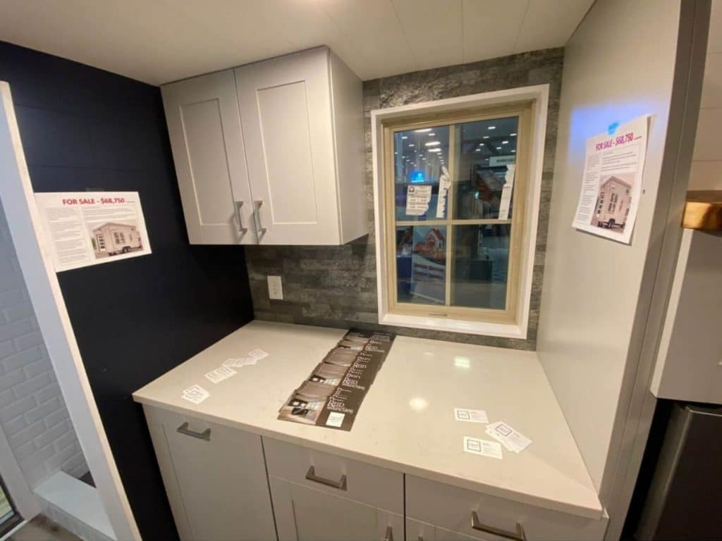 Tiny house counter top